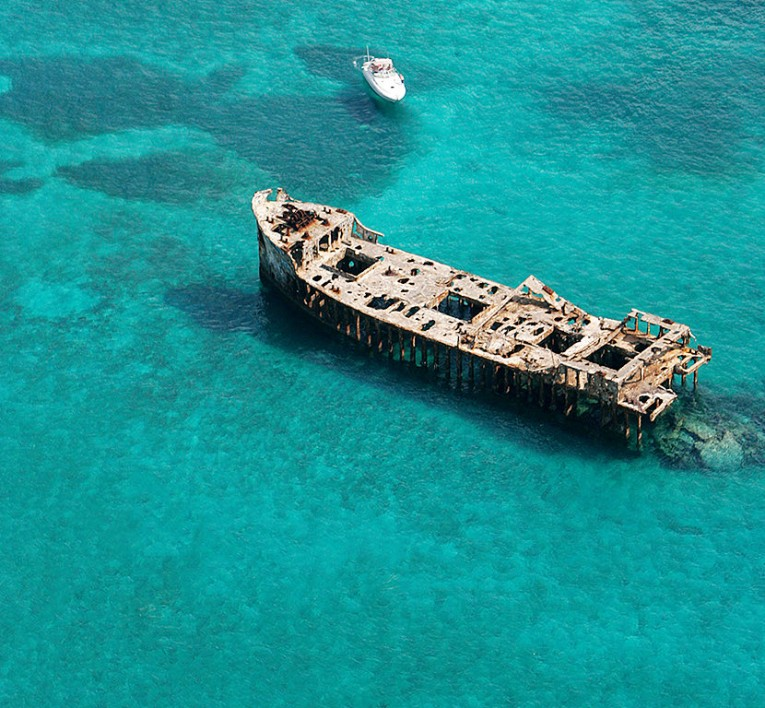 ship wreck in the middle of the ocean